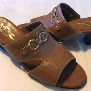 A2 by AEROSOLES Brown Mules
